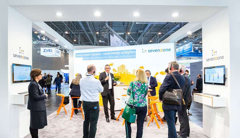 Messestand von Seven2one bei der E-world
